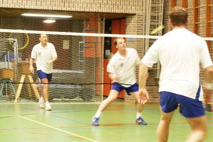 BAS Badminton 1 verslaat BC 70 Veluwe